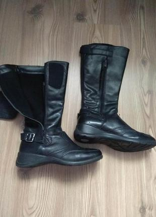Шкіряні утеплені італійські чоботи р. 36 на 37,в ідеальному стані.