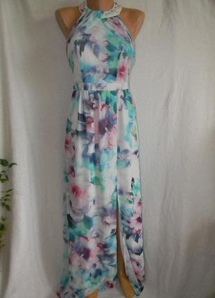 Новое длинное красивое платье с украшением