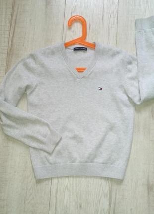 Серый школьный свитер tommy hilfiger