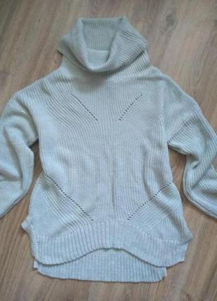 Симпатичная кофта свитер