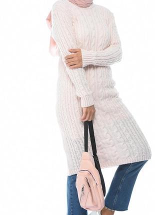 Вязаное платье.