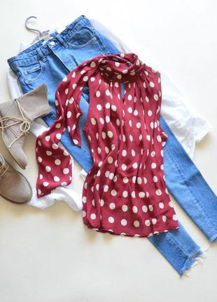 Очень красивая вискозная блуза apart
