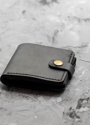 Мужской черный кошелек с фиксацией из натуральной кожи crazy horse