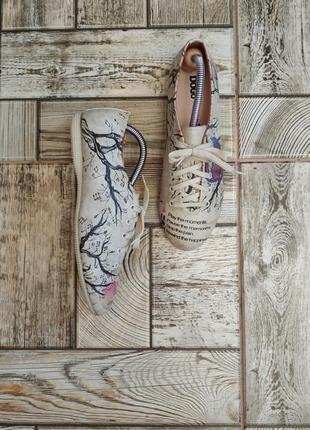 Туфли оксфорды с принтом от dogo, обувь для веганов
