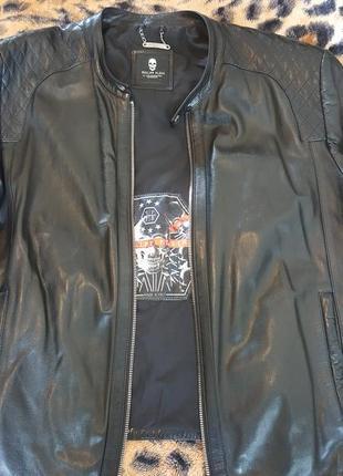 Оригинальная кожаная куртка от супер бренда филипп плейн