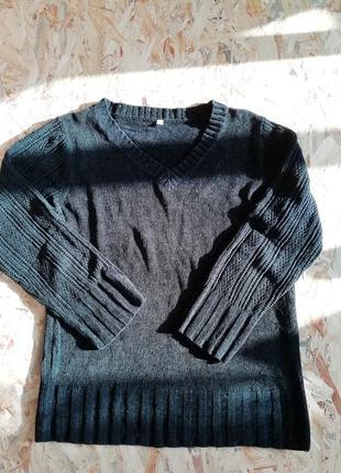 Велюровый свитер кофта джемпер пуловер с v образним вырезом