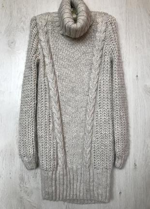 Вязаное объёмное платье