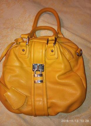 Сумка сумка с замочком вместимая сумочка
