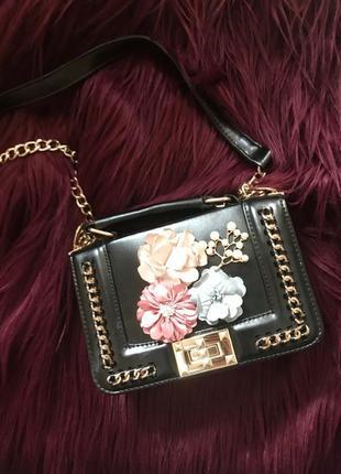 Шикарная сумка сумочка на цепочке с цветами