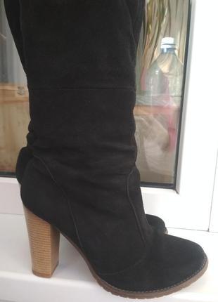 Замшевые зимние высокие сапоги ботфорты черные каблук натуральные