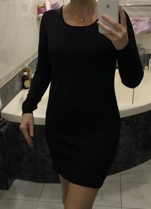 Basefield , чёрное шерстяное платье 100 wool, оригинал