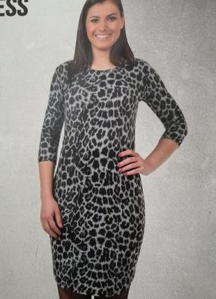 Платье в стиле леопарда германия