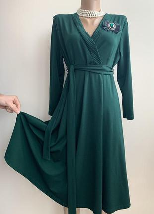 Зеленое платье миди с брошью anna field р м,м-ль