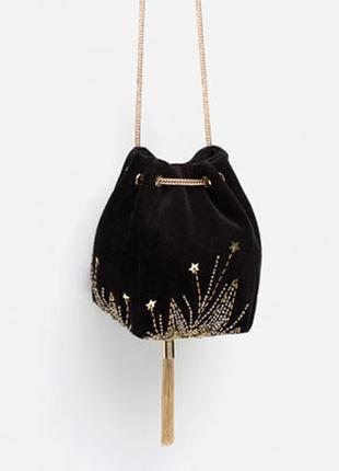 Стильная маленькая бархатная сумочка zara
