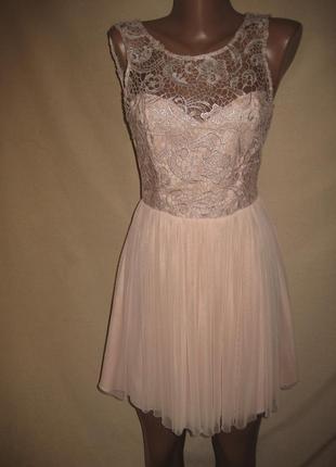 Красивое платье с кружевом lipsy р-р8