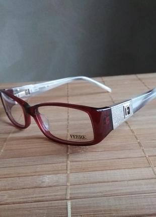 Фирменная оправа под линзы с камнями swarovski, очки g.ferre gf34106