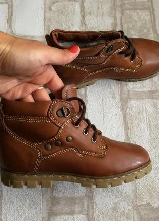 Теплые новые ботинки 29 р