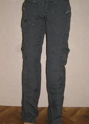 Фирменные штаны в стиле милитари со множеством карманов