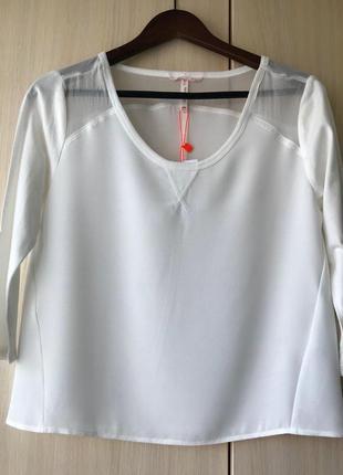 Белая блуза с прозрачной вставкой bershka / m