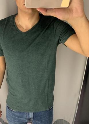 Базовая зелёная футболка тенниска fishbone есть размеры