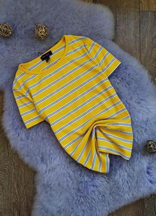 Яркая футболка тельняшка в рубчик в полоску