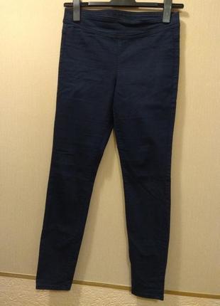 Леггінси, брюки
