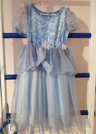 Платье карнавальное на 6-8 лет