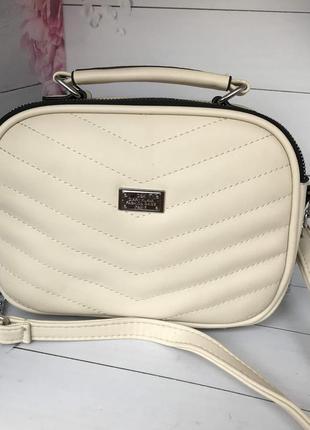 Стильная бежевая сумка к.6341