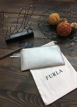 Элегантный серебристый клатч furla из сафьяновой кожи