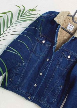 Новая женская теплая куртка джинсовка джинсовая куртка с мехом дубленка