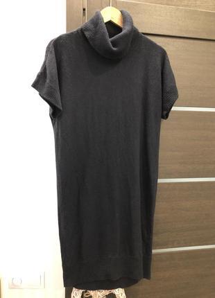 Стильное вязаное платье шерсть