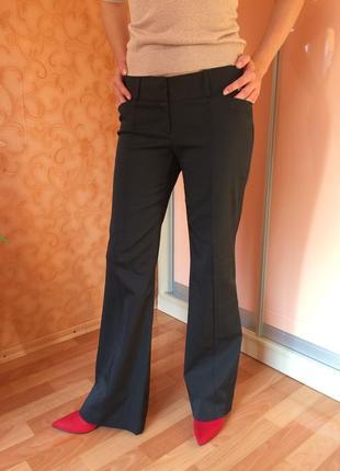 Классические прямые брюки из качественной ткани