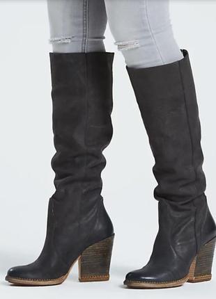 Высокие кожаные сапоги timberland,оригинал.