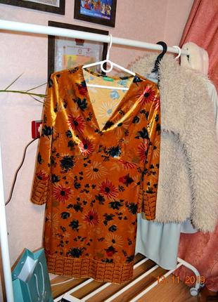 Benetton платье бархат р.м