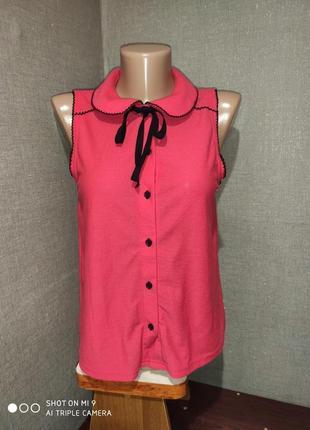 Блуза с оригинальным воротником