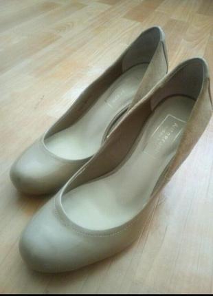 Туфли лодочки женские 37-38р.