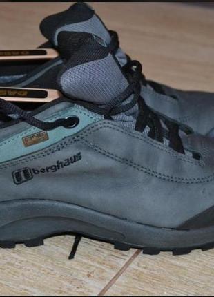 Berghaus, красовки, трекинговие ботинки