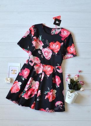 Красиве плотне плаття в квіти by very