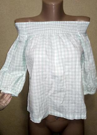Блузка со спущеными плечами в клетку