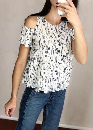Натуральная милая блуза топ с открытыми плечами