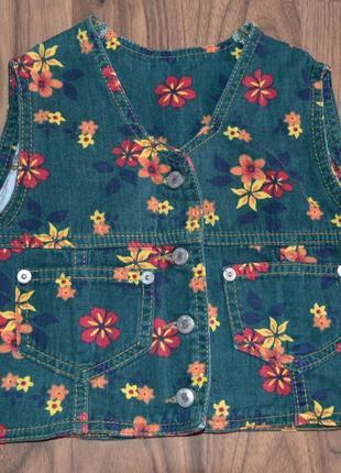 Джинсовая жилетка в цветочек рост 98 см