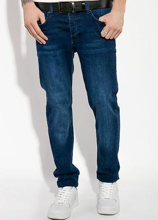 Крутые мужские джинсы с потертостями