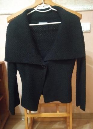 Шерстяной пиджак-кофта от m&s