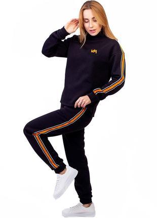 Молодежный спортивный костюм женский теплый