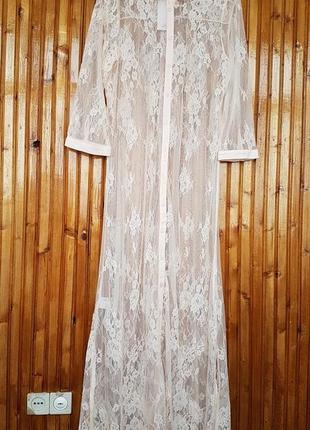 Кружевное платье, накидка, кардиган mango на пуговицах.
