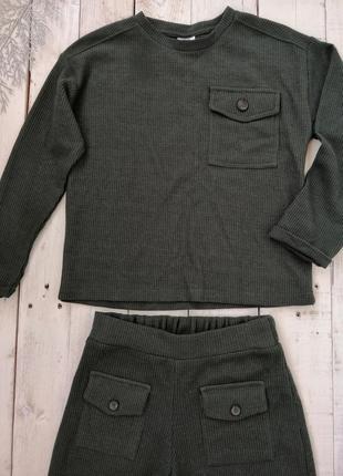 Новый стильный костюм на девочку от zara, размер 134 (8-9 лет).