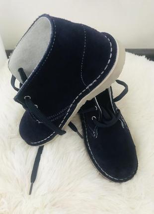 Италия!!!новые замшевые ботинки для мальчика!