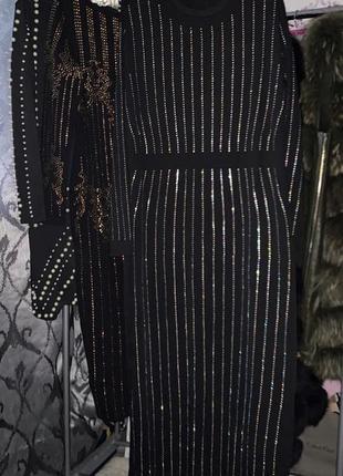 Скидка к 8 марта !!! чёрное платье в камнях