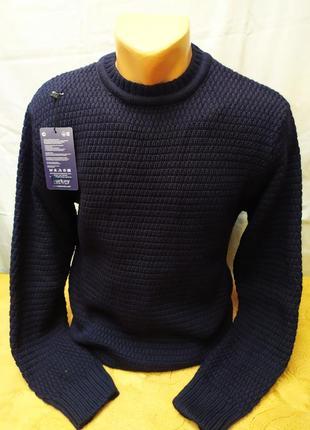 Зимний свитер , шерсть . расцветки. турция