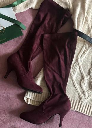 Идеальные сапоги-чулки винного цвета на каблуке